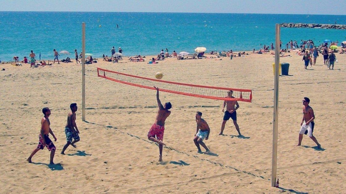 Волейбол на пляже Богатель
