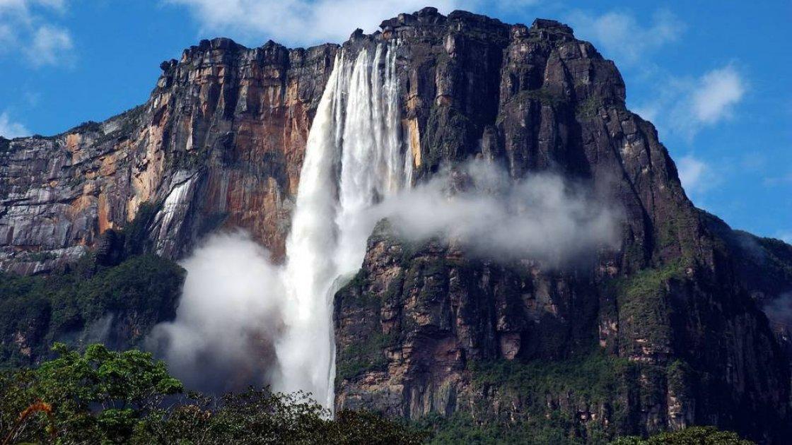Гора Рорайма в Венесуэле - водопады