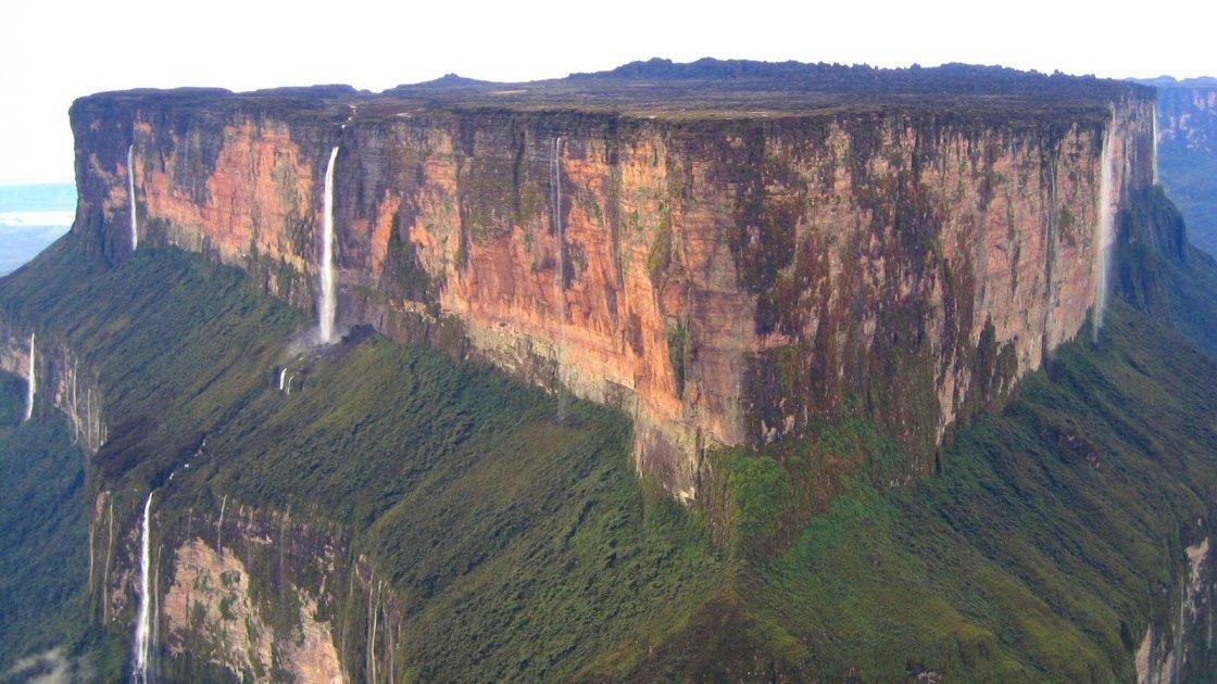 Гора Рорайма в Венесуэле - плато