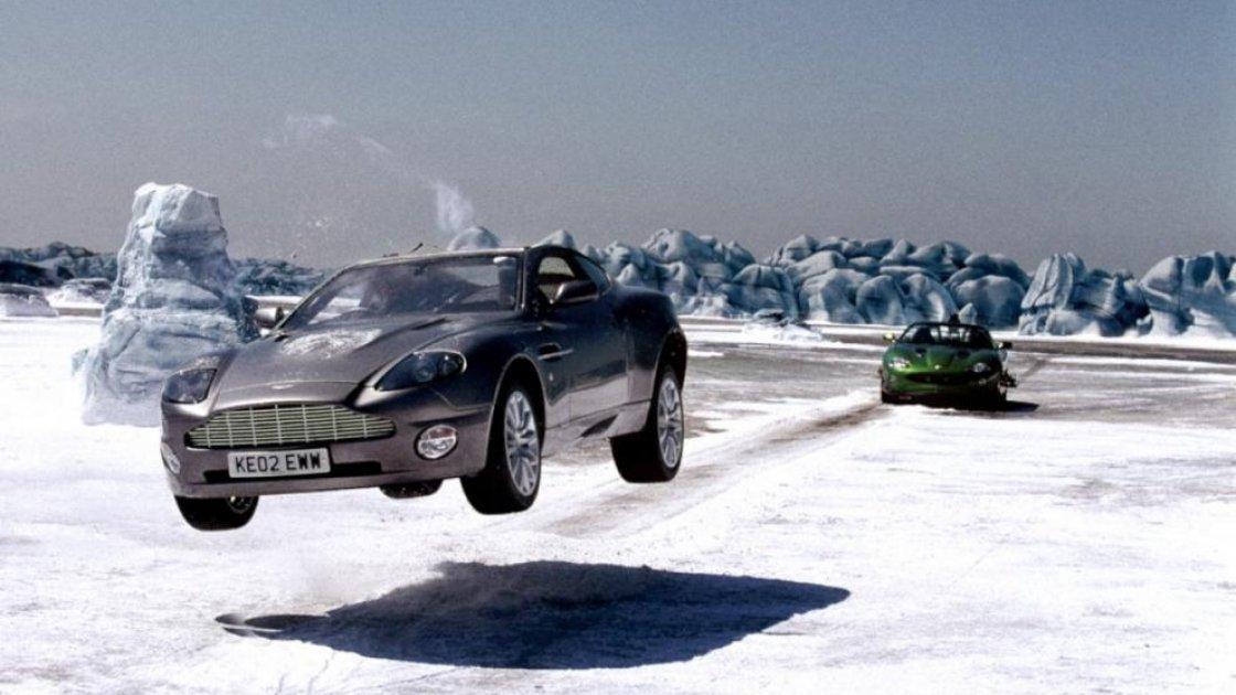 Ледник Ватнайёкюдль в Исландии - съемки кино