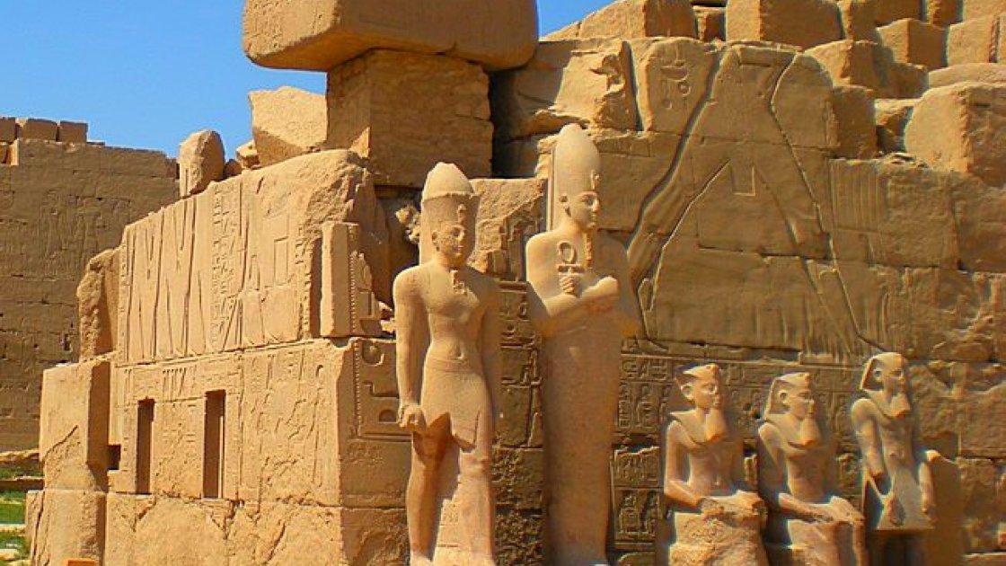 Карнакский храм в Египте – росписи