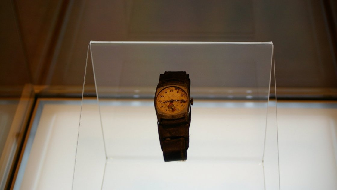 Мемориальный парк мира в Хиросиме – часы