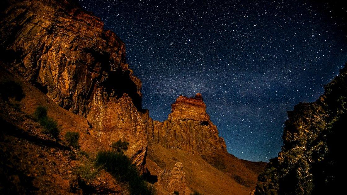 Чарынский каньон в Казахстане – ночью