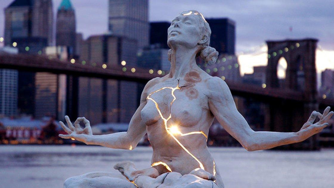 Скульптура «Расширение» в Нью-Йорке – за пределами возможностей4