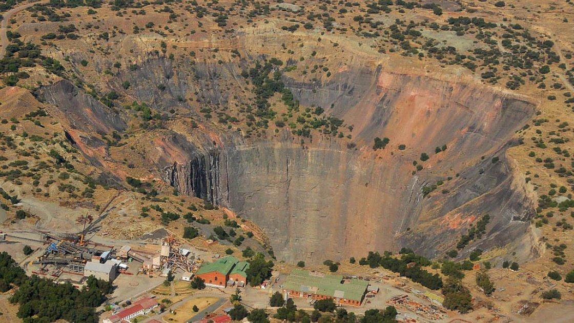 «Большая дыра» в ЮАР – 3