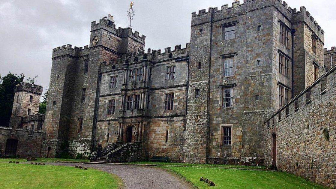 Замок Чиллингем в Англии – 1