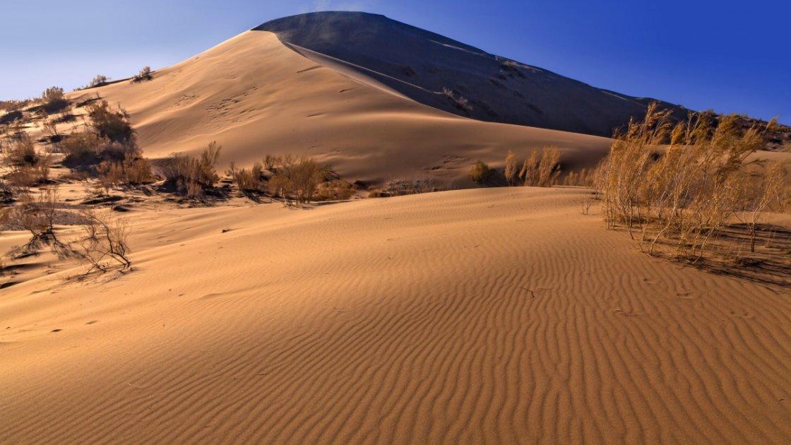 Поющий бархан в Казахстане1