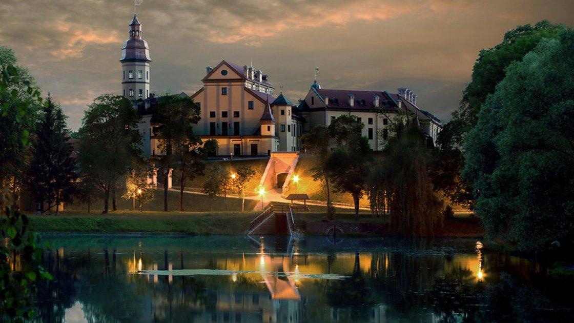 Несвижский замок в Беларуси 5