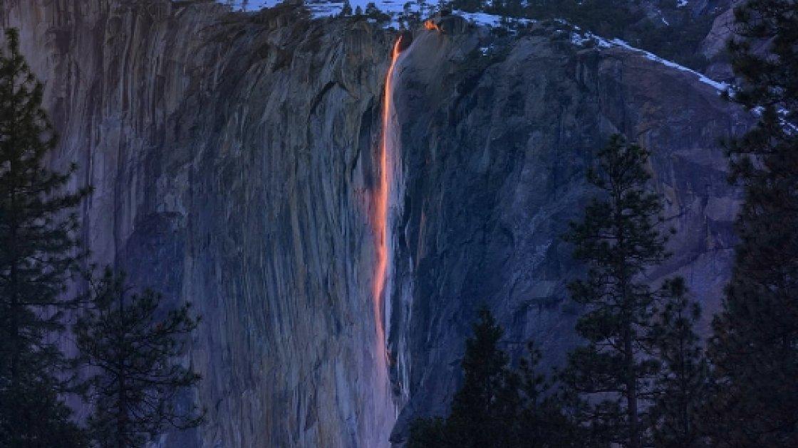 Огненный водопад «Лошадиный хвост» 3