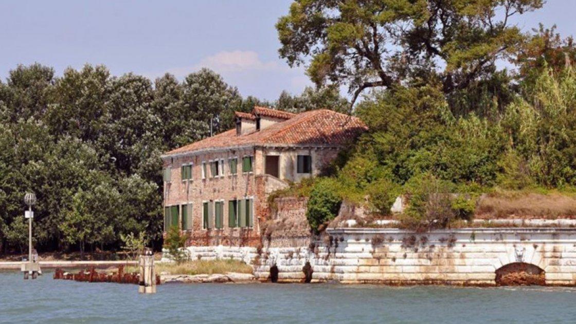 Чумной остров Повелья в Италии – 4