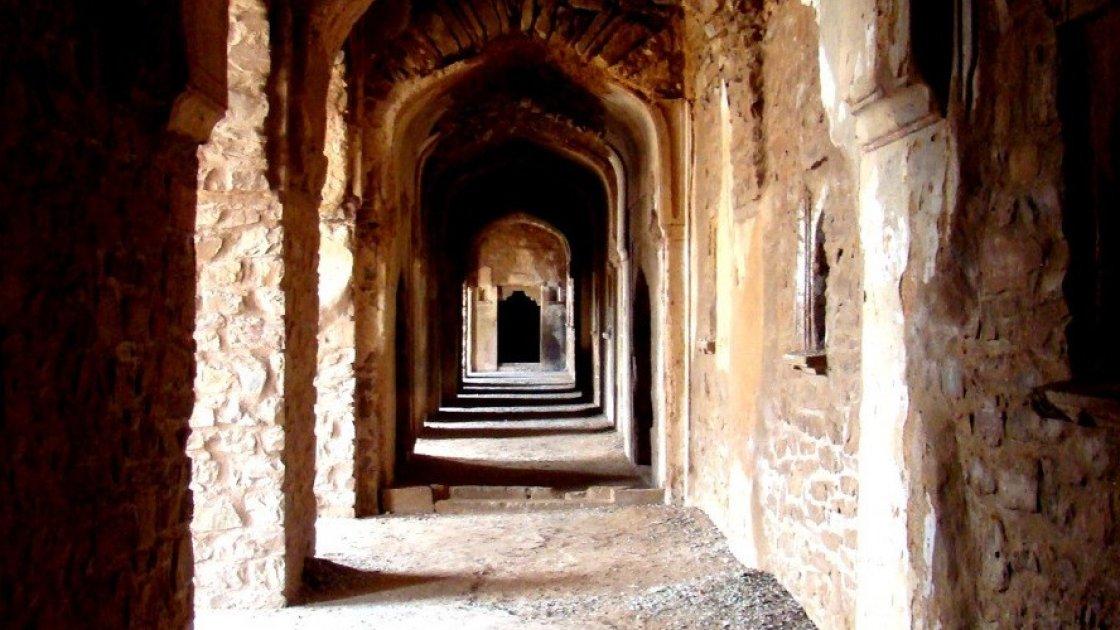 Форт Бхангар в Индии – 5