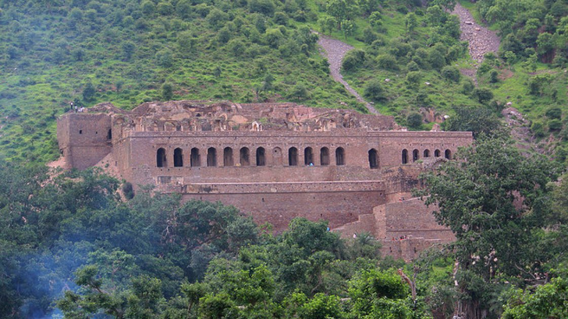 Форт Бхангар в Индии – 2