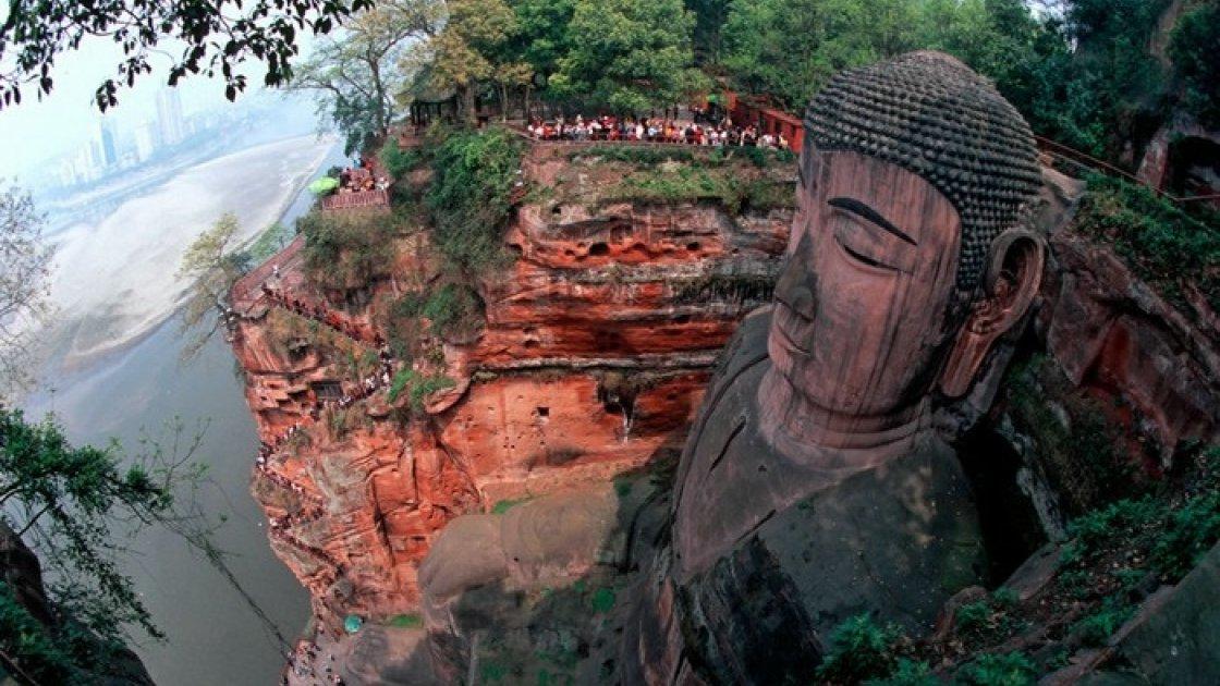 Статуя Будды в Лэшане 5