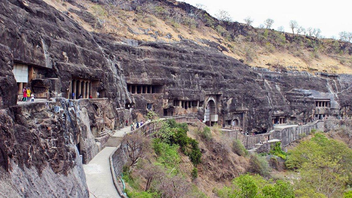 пещеры Аджанты3