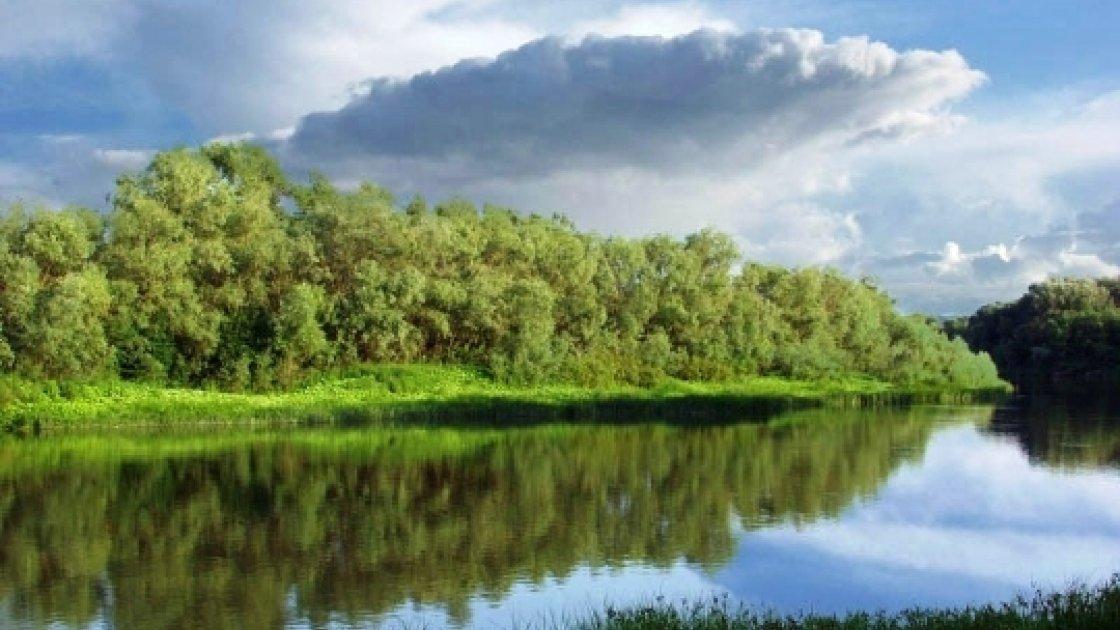 Во́лго-Ахту́бинская по́йма2