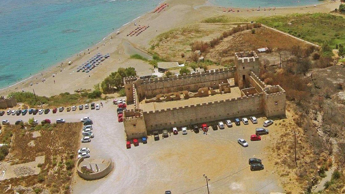 Замок Франгокастелло2