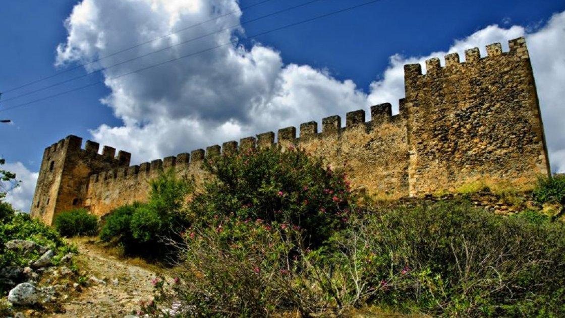 Замок Франгокастелло3