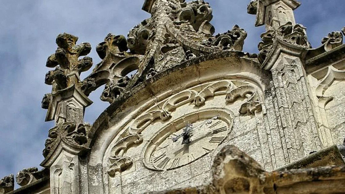 Часы на замке Брезе