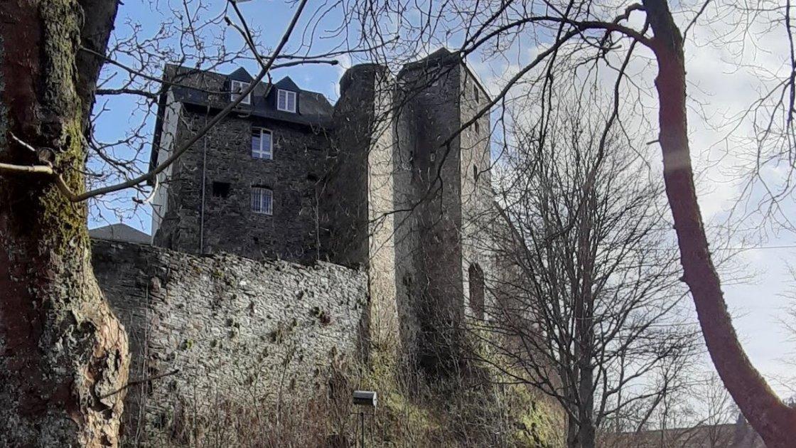 Замок Моншау