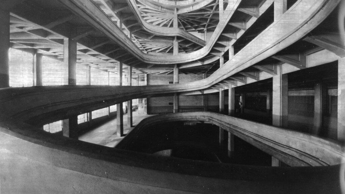 Рампа внутри завода Fiat Lingotto