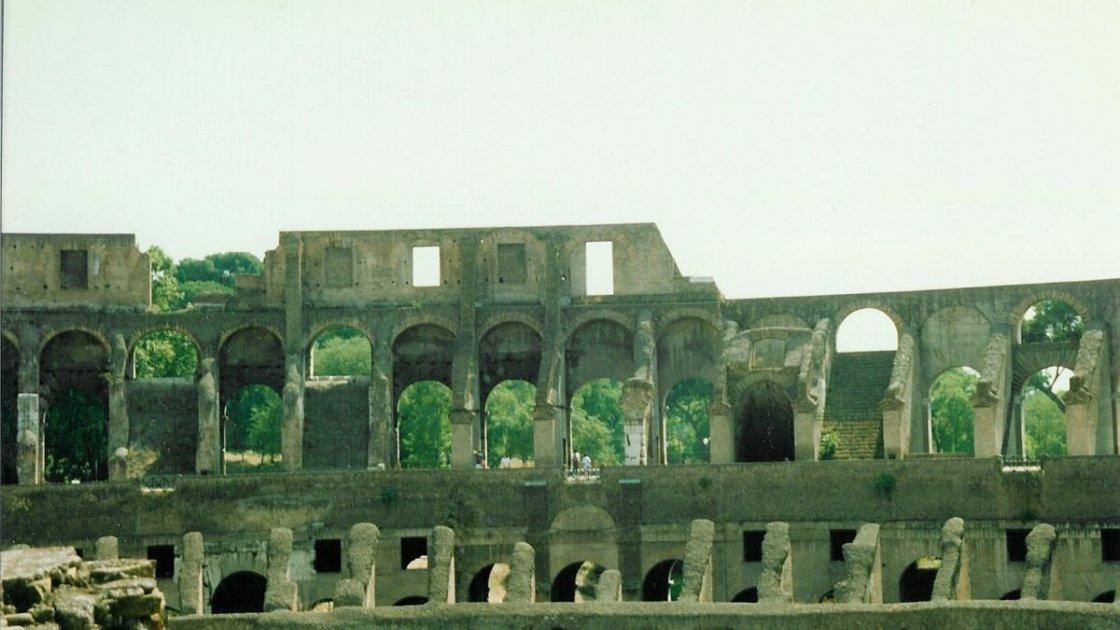 Развалины Колизея, фото 1992 года