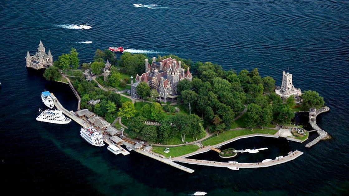 Вид на остров Джорджа Болдта с высоты